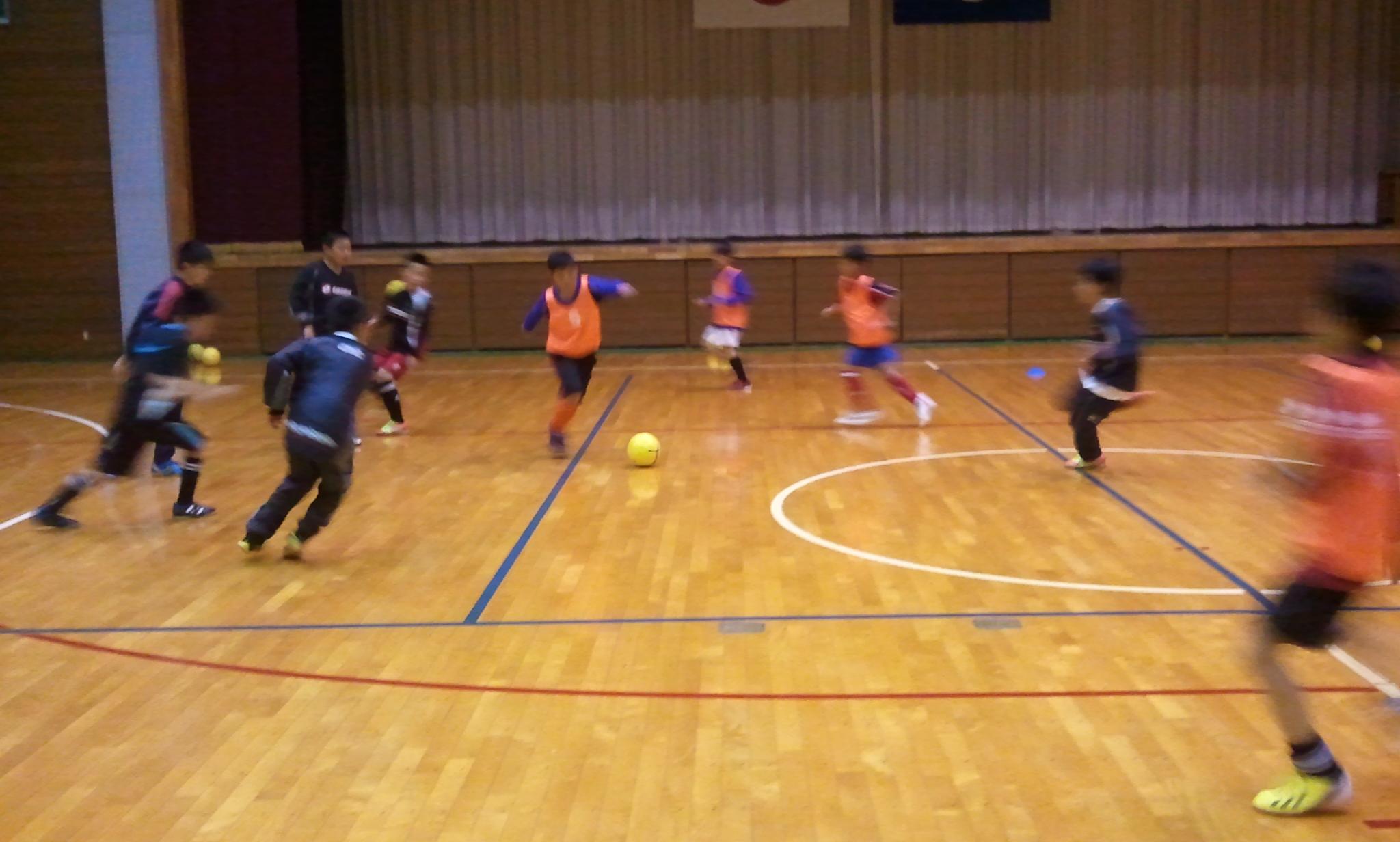 雨の中での全日本少年サッカー大会中央地区予選1次リーグ